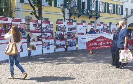 Mahnwache für Kinder auf der Flucht in Bonn (c) terre des hommes